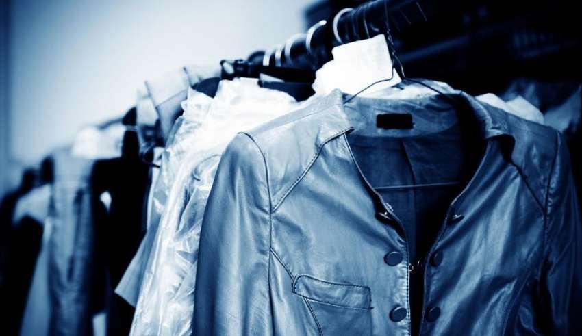 laundry-hanging-on-rack